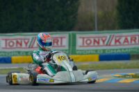 THE POLE-SITTERS OF THE WSK SUPER MASTER SERIES AT THE 7 LAGHI DI CASTELLETTO (ITALY) ARE DE CONTO (I – CRG-MAXTER KZ), SARGEANT (USA - FA KART-VORTEX OK) AND DE PAUW (B – BIRELART-PARILLA OKJ). Gallery