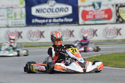 QUALIFYING IN SARNO FOR THE SECOND ROUND OF THE WSK SUPER MASTER SERIES 2016. THE POLE SITTERS ARE ABBASSE (F – SODI-TM KZ), BASZ (PL – KOSMIC-VORTEX OK) AND BULANTSEV (TONY KART-VORTEX OKJ). LORANDI (TONY KART-VORTEX) IS THE FASTEST IN KZ2. Gallery