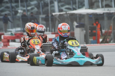 IN THE QUALIFYING HEATS OF THE WSK CHAMPIONS CUP OF ADRIA IGLESIAS (F - FORMULA K-TM KZ2), BASZ (PL - KOSMIC-VORTEX OK) AND CIVICO (E – CROC-TM OKJ) ARE THE LEADERS. LOTS OF DRIVERS CAN AIM AT VICTORY IN THE 60 MINI.