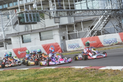 THE INTERNATIONAL CIRCUIT NAPOLI IN SARNO (I) HOSTS THE LAST ROUND OF THE WSK SUPER MASTER SERIES. THE POLE SITTERS AFTER QUALIFYING ARE PUHAKKA (KOSMIC-VORTEX KZ2), BASZ (KOSMIC-VORTEX OK), O'SULLIVAN (FA KART-VORTEX OKJ) AND MINÌ (PAROLIN-TM 60MINI).