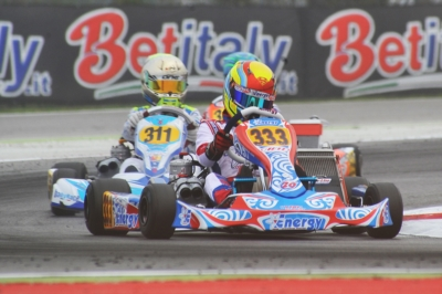 THE FIRST ROUND OF THE WSK FINAL CUP IS WAITING FOR THE FINALS IN ADRIA (I). THE BEST DRIVERS IN THE HEATS WERE SMAL (RUS – ENERGY-TM OKJ), TRAVISANUTTO (I – ZANARDI-PARILLA OK), LORANDI (I – TONY-VORTEX KZ2) AND STENSHORNE (N – PAROLIN-TM 60 MINI).