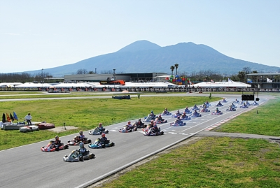 WSK WORLD WIDE: 4 EVENTS OF INTERNATIONAL KARTING, 1010 DRIVERS, 94 TEAMS, 29 CHASSIS AND 6 ENGINE BRANDS ON TRACK IN WSK SUPER MASTER SERIES.