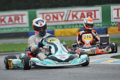CLASSIFICATIONS OF WSK FINAL CUP OPENED UP AFTER THE ROUND IN CASTELLETTO (I). CURRENT LEADERS ARE POWELL (JAM – ENERGY-TM 60 MINI), BARNARD (GB – KR-PARILLA OKJ), RENAUDIN (F – SODI-TM KZ2) AND TRAVISANUTTO (I – KR-PARILLA OK).